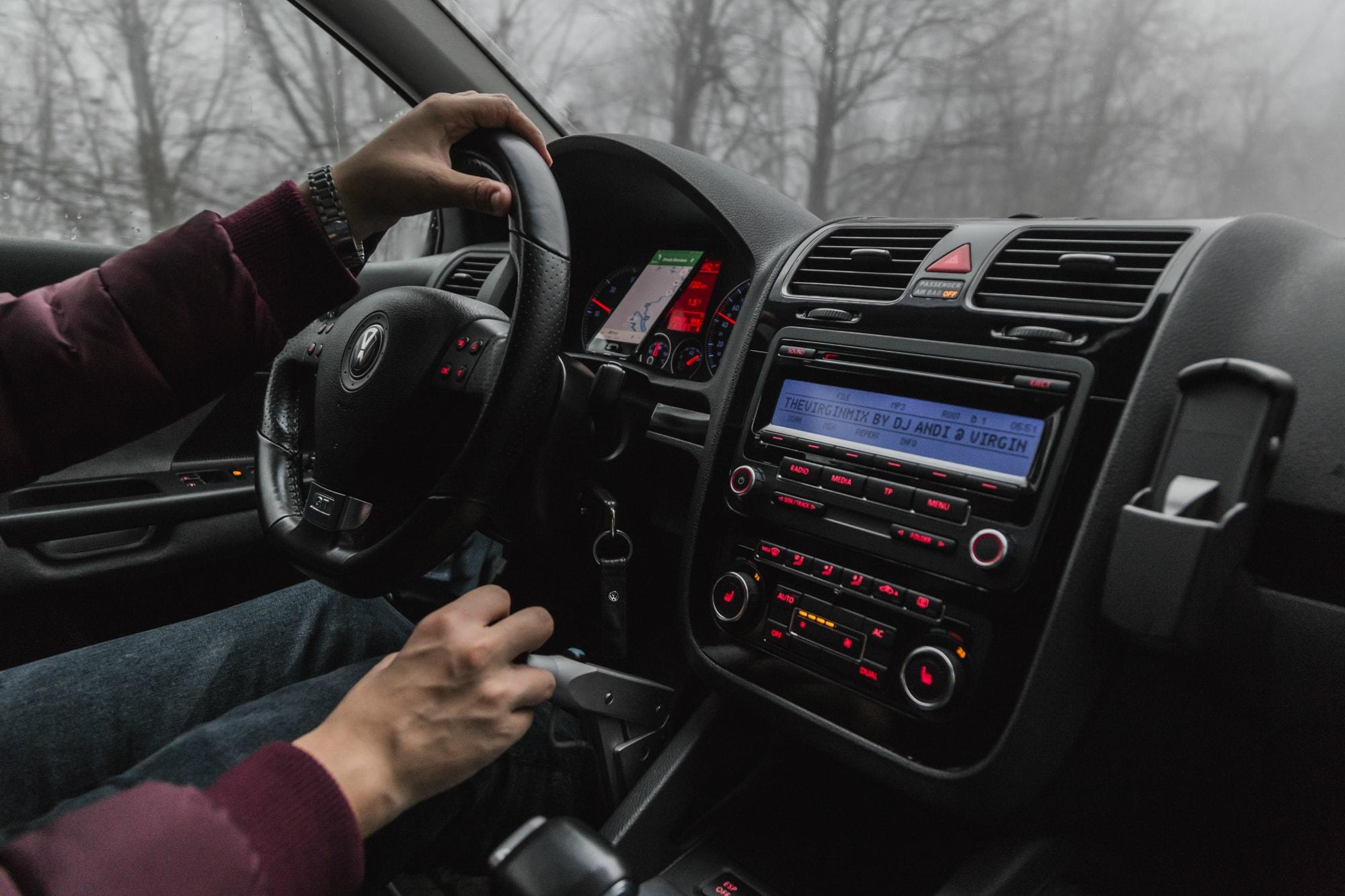 Ce dotari sunt importante la o masina si de care te poti lipsi?